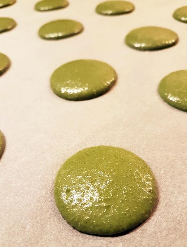 fabrication-maaron-pistache-patisserie-boulangerie-ungraingourmand-nantes